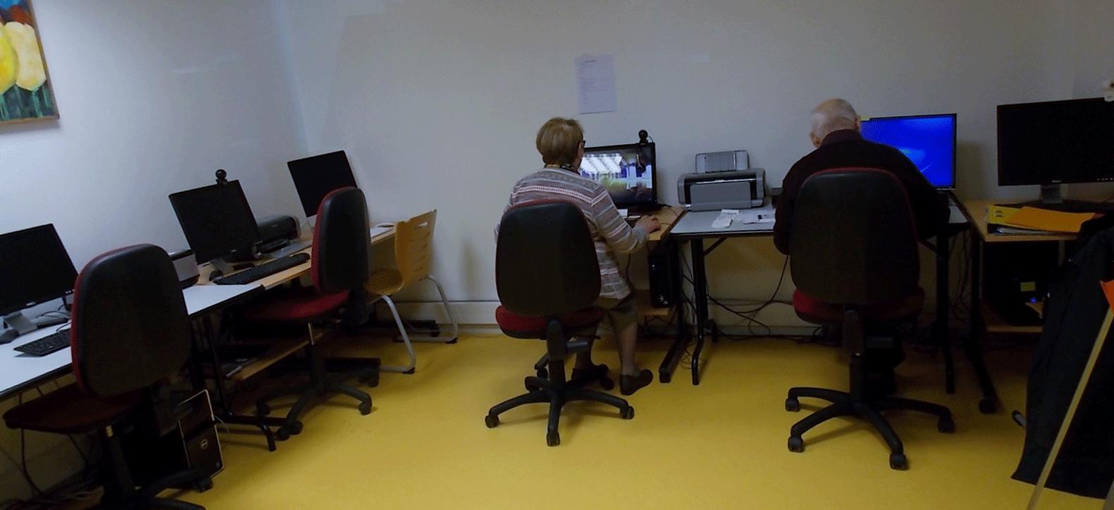 Atelier d' entraide informatique avec Amitié Solidarité 31